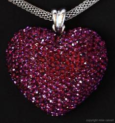 s_4_n_red_heart_crop_img_2903.jpg