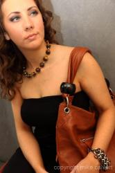 special_polished_stones_and_leather_handbag_img_4905.jpg